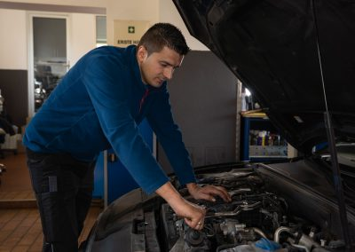 KFZ-Jasmin - Automechaniker - Reparatur (4 of 25)