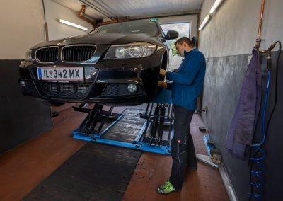 KFZ-Jasmin - Automechaniker - Reparatur (7 of 25)