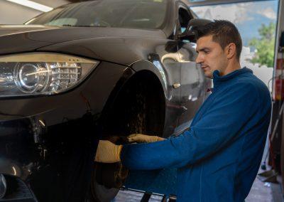 KFZ-Jasmin - Automechaniker - Reparatur (8 of 25)